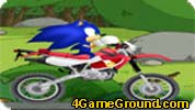 Sonic Motor Racing along the river bank